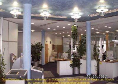 Spachteltechnik an Schalterdecke und Säulen im Neubau der VOLKSBANK Dreieich-2