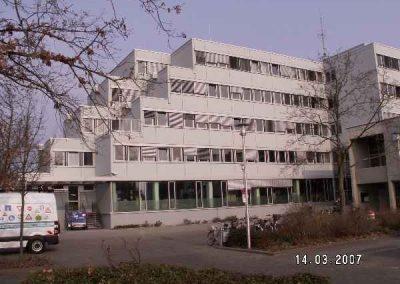 komplett renovierte Fassade Rathaus Langen-2